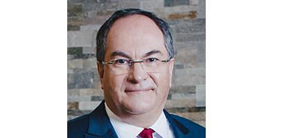 Philippe Dumont prend les rênes de Crédit Agricole Assurances et de Predica